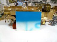 試し塗装したトーマスの青