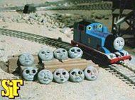 トーマスの顔色々