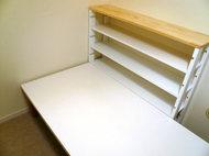 棚とテーブルの設置♪