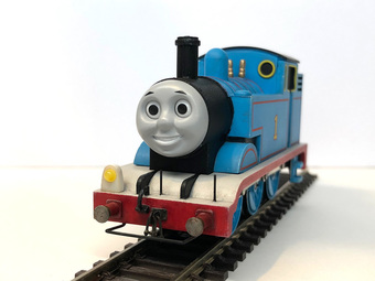 a929_Thomas02.jpg